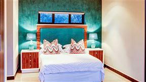 Tinghala Luxury Holiday Accommodation - SPID:2956329