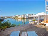 Delightful Luxury Beach House