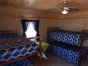 Mossie Bos Backpackers & Group Venue