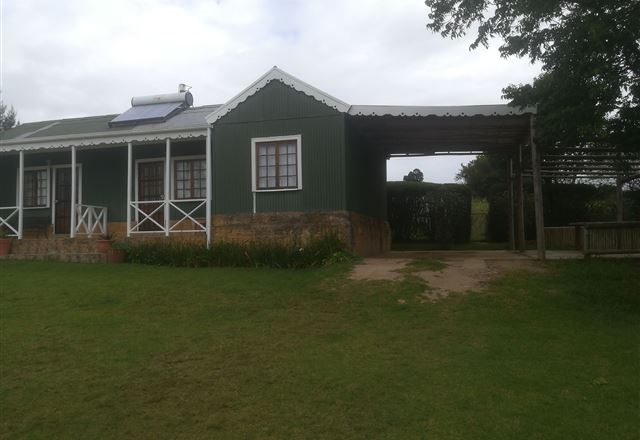 AAA ACCOMMODATION-Pecan Tree Cottages