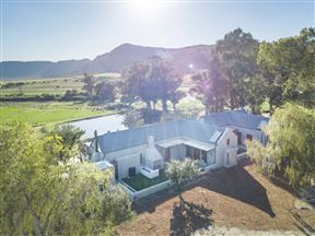 De Aap Farm Lodge