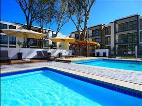 UniqueStay Paardevlei Square 3 Bedroom Apartment - SPID:3063371