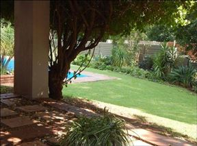 Linden Retreat Guesthouse & Apartments