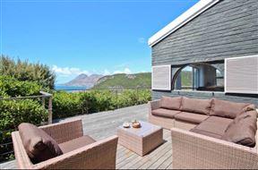 Sartistry Living Holiday Villa