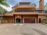 Four Bedroom Luxury Villa 14014