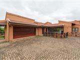 Four Bedroom Luxury Villa 14308