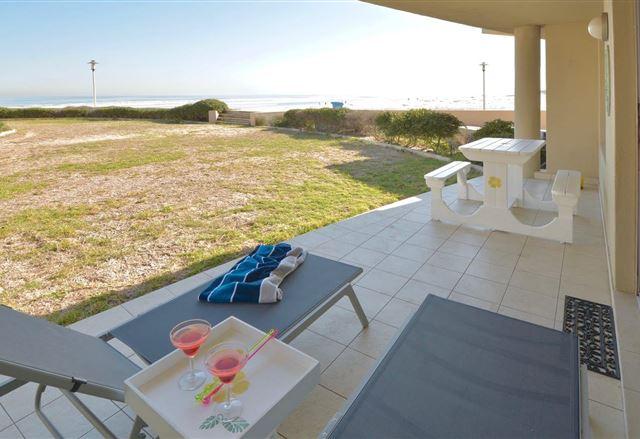 Luxury on the Beach , Lagoon Beach