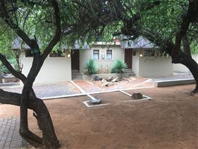 Mabalingwe Elephant Lodge