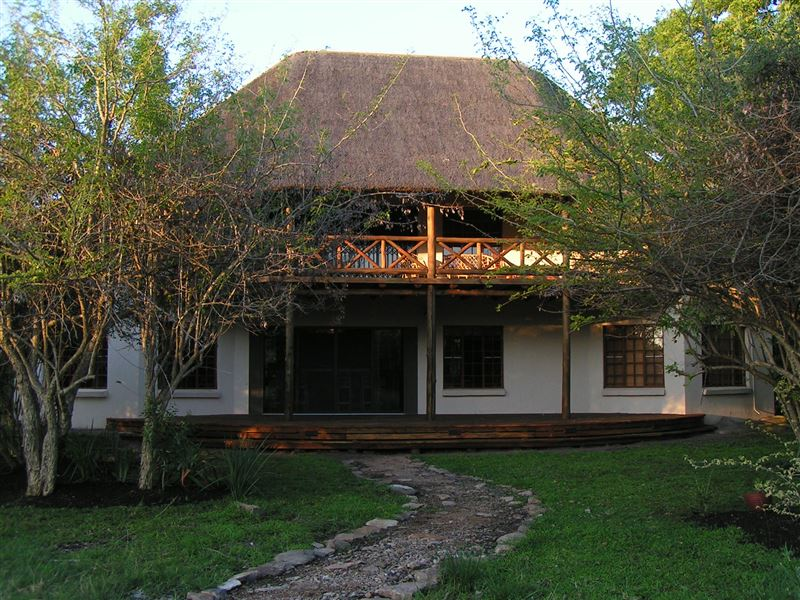 Marloth Park Reverie Safari Lodge