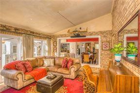 Residence on Bulbring