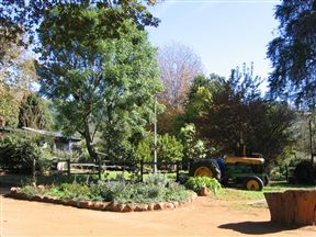 Oaks Lifestyle Farm & Resort
