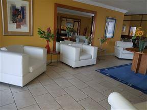 Villiers Touriste Hotel