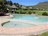 Drakensberg Gardens Fairways - Heartwood Mountain Cottage
