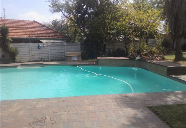Fourways Backpackers Lodge
