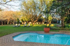 Safari Club SA Lodge