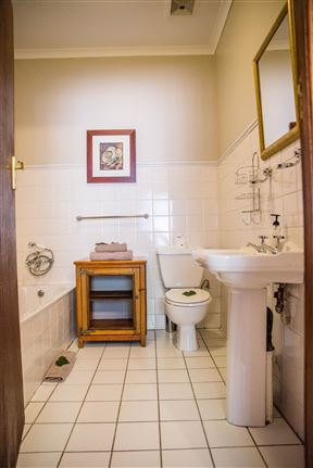 5th Avenue Gooseberry Guest House - SPID:3380