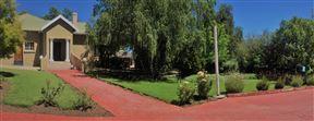 Beverly Corner Lodge