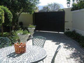 Navona - Constantia Guest Cottage