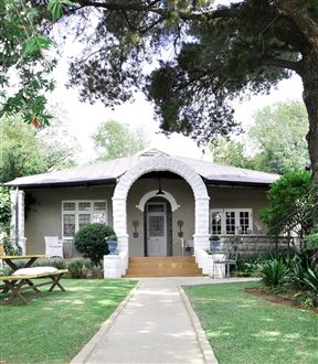 Ginnegaap Guest House