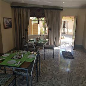 Jolani 2 Guest House