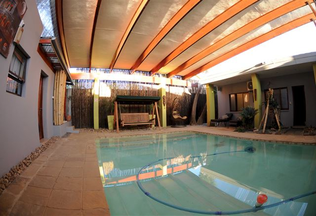 Zora Guesthouse and Day Spa