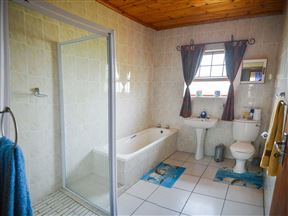 Addo Adventure House