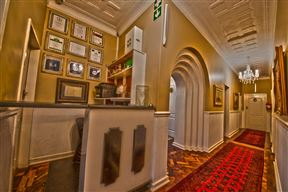 Dersley Manor