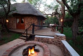 Zenzele River Lodge