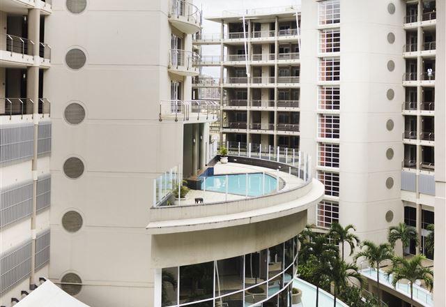 The Sails Beach Apartment