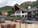 Galagos Lodge at Hartbeespoortdam