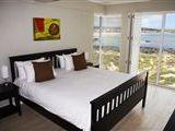 Oystercatcher Apartments-400478