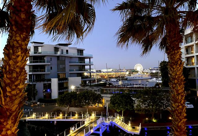 Stay in Style: V&A Waterfront Marina, Gulmarn