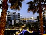 Stay in Style: V&A Waterfront Marina, Gulmarn-4006303