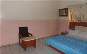 Aneio Hotel