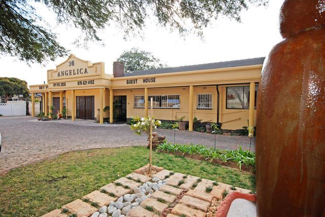 Angelica Guesthouse