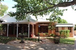 Loerie Inn Guesthouse