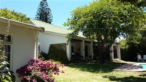 Falcon Crest Self Catering cottages & B&B - SPID:452251