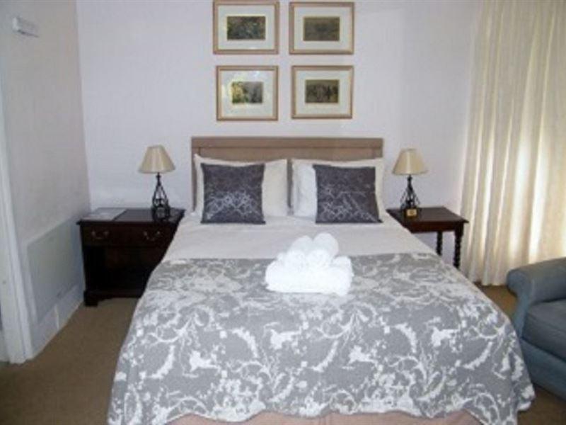 Michelle Manor House Tea Rooms