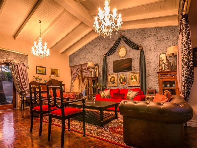 Belgrace boutique hotel in white river for Boutique hotel characteristics