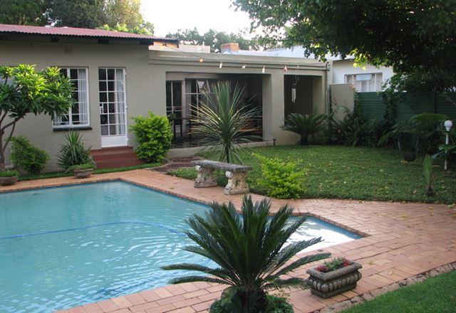 Queenswood Bed And Breakfast Pretoria Pretoria