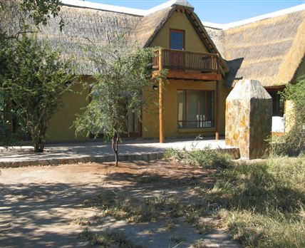 6 sleeper Game Lodge with ample space