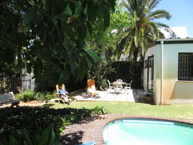 Erica Cottage Claremont Accommodation Weekendgetaways