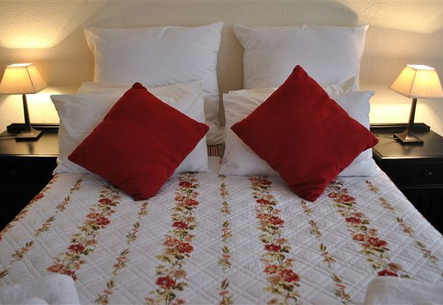 A-Mamre Guest Rooms
