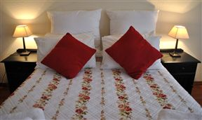 A-Mamre Guest Rooms Photo