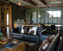 Shaka lodge living area