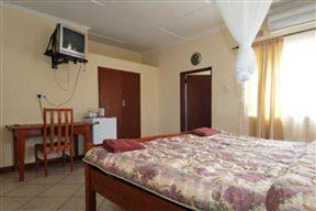 Kwesu Guest Lodge