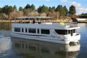 Liquid Living Houseboat - SPID:520712