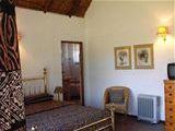 Oaktree Lodge Guest House