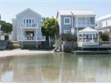 Thesen Island Rentals-534274