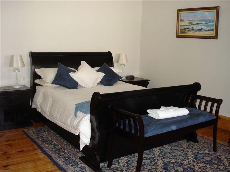 50 college drive b b port elizabeth accommodation weekendgetaways. Black Bedroom Furniture Sets. Home Design Ideas